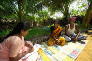 Discussion with farmers at Periyakuthagai village